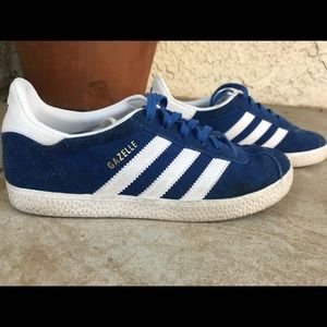 Boys Addidas Gazelle shoes